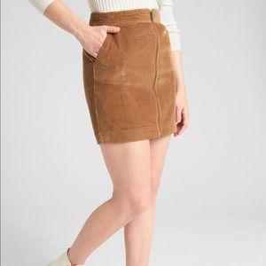 Gap zip front corduroy skirt size 2